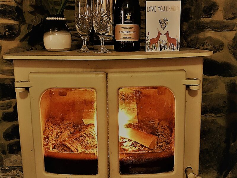 wood burners in hoilday cottages holywell bay. cornwall.